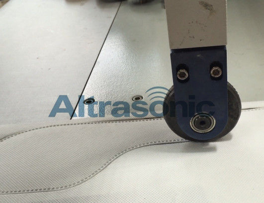 Roller Sewing Ultrasonic Cutting Machine for Natural Feather Processing